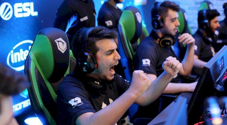Intel® ESL Türkiye Şampiyonası finalleri Monster Notebook'larla oynandı