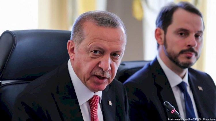 DZ Bank: Türk lirasındaki değer kaybının nedeni siyasi