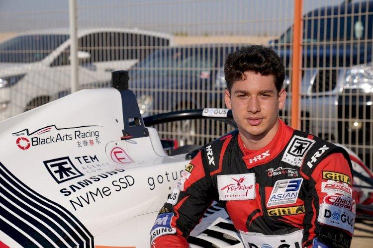 Cem Bölükbaşı Formula 3'te ilk 10'da!