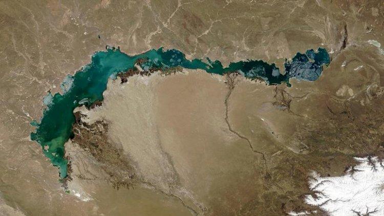 Kazakistan'nın Balkaş Gölü, Çin'in aşırı su tüketimi nedeniyle 2050'ye kadar kuruyabilir