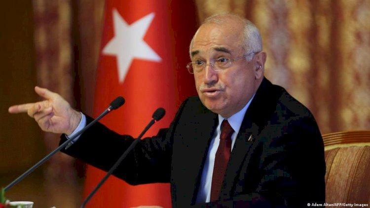 Cemil Çiçek DW Türkçe'ye konuştu: Savcılar gereğini yapmalı