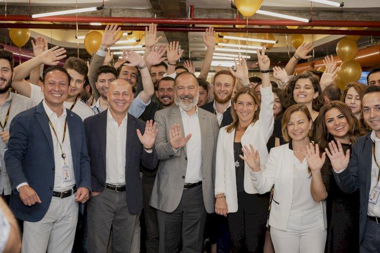 Pegasus Müşteri Deneyim Merkezini İzmir'de açtı
