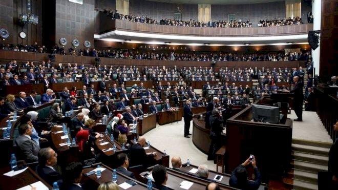 AKP'nin belediye başkanı transferine yönelmesinin altında hangi nedenler yatıyor?