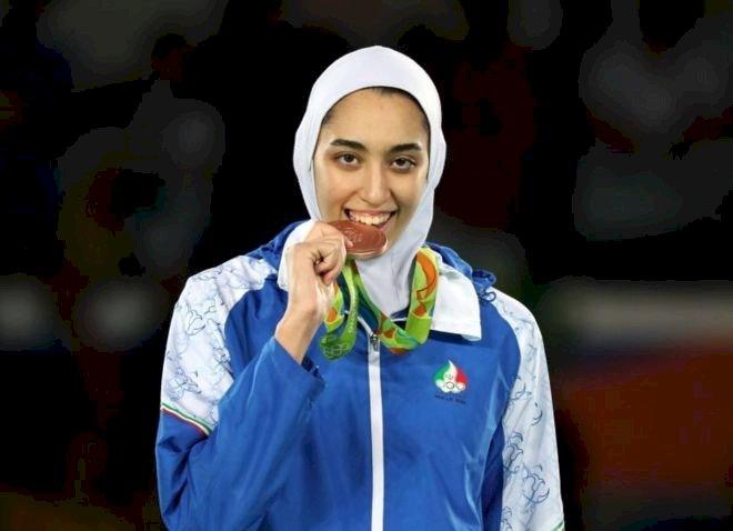 KKimya Alizade - İran'ın olimpiyatlarda madalya kazanan tek kadın sporcusu ülkesini terk ettiğini açıkladı