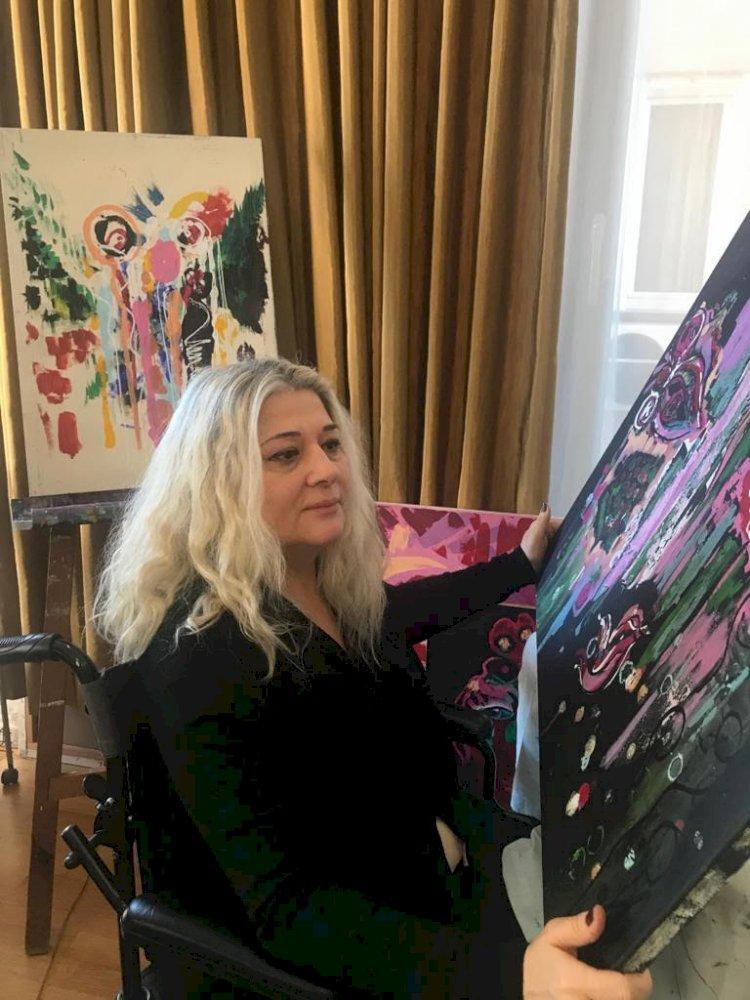 Ressam 'Sevcan Birgören'  'ART CAPITAL' sanat etkinliğine eserleriyle katılıyor.