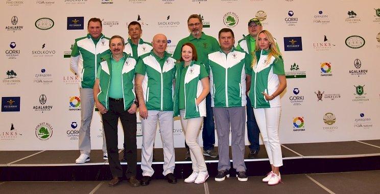 Rusya Kulüplerarası Golf Turnuvası'nın galibi kupanın sahibi oldu